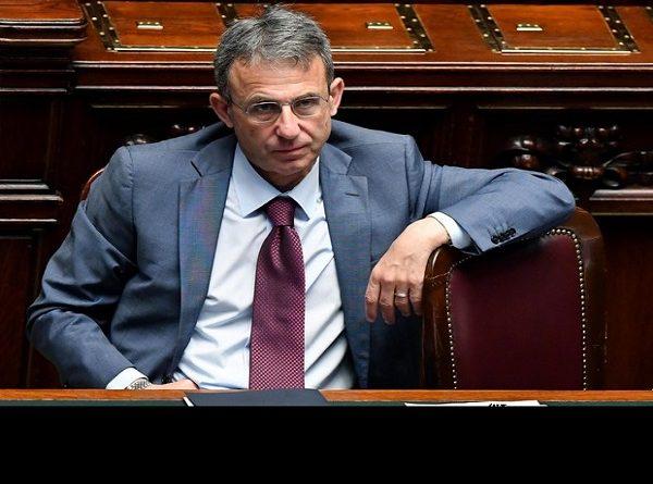 Ministro Costa: Malanova tua!